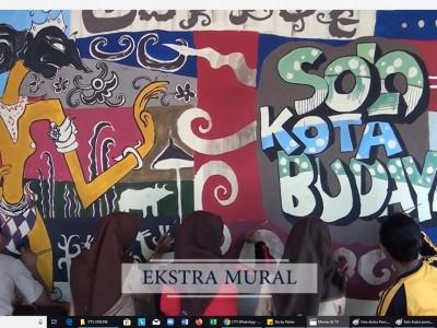 Ekstrakurikuler Mural